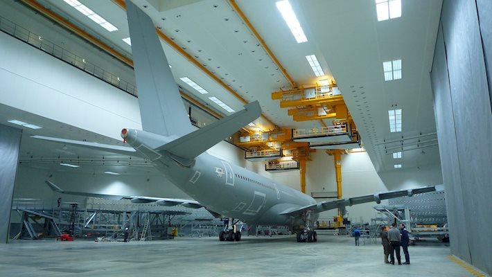 Aircraft Hangar Ventilation : Salle de peinture pour avions gros porteur