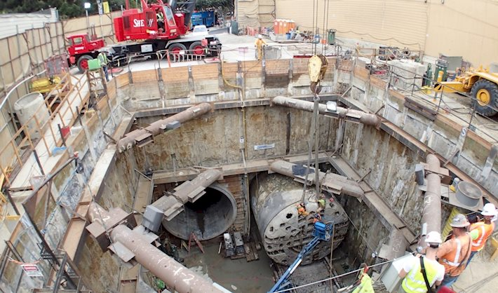"Disassembly of tunnel boring machine ""Mom Chung"""